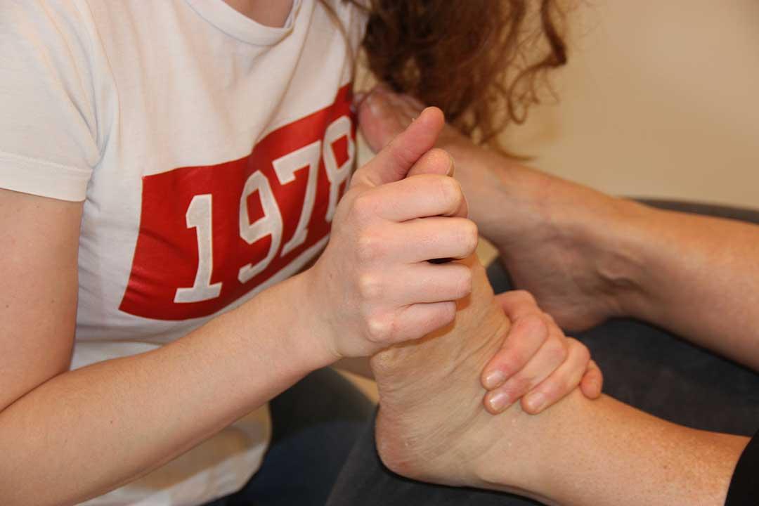 Behandeling peesletsels bij Mooov by Elise Farrazijn